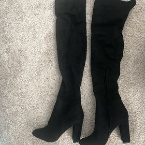 Aldo Thigh High Suede Boots (Black) Size 10